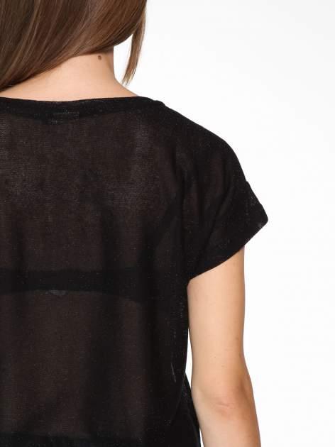 Czarny transparentny t-shirt przeplatany srebrną nicią                                  zdj.                                  10