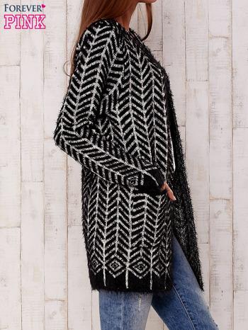 Czarny wełniany sweter z kieszeniami                                  zdj.                                  3