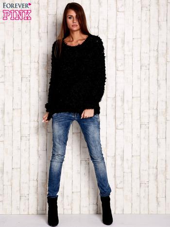 Czarny włochaty sweter                              zdj.                              2