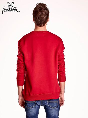 Czerwona bluza męska z tekstowymi naszywkami                                  zdj.                                  5