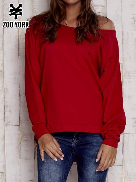 Czerwona bluza oversize z dekoltem w łódkę                                  zdj.                                  1