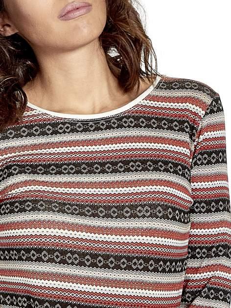 Czerwona bluza w azteckie wzory                                  zdj.                                  5