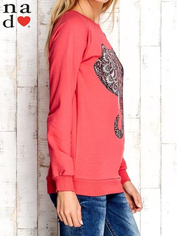 Czerwona bluza z nadrukiem słonia                                  zdj.                                  3