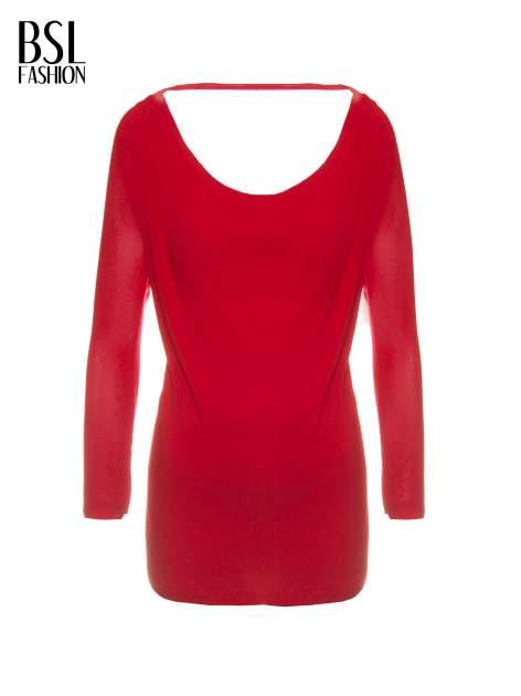 Czerwona bluzka z dekoltem na plecach                                  zdj.                                  2