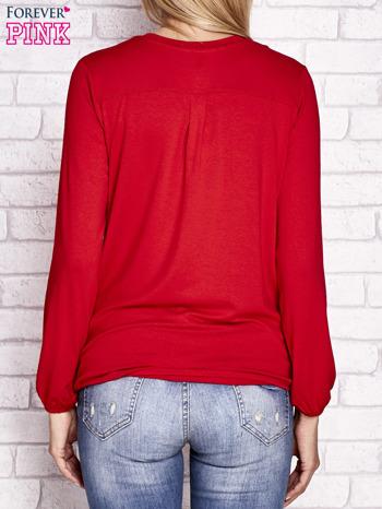 Czerwona bluzka ze ściągaczem na dole                              zdj.                              4