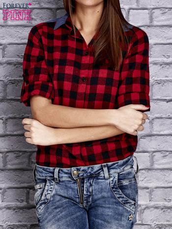 Czerwona koszula w kratę z denimową wstawką                                  zdj.                                  5
