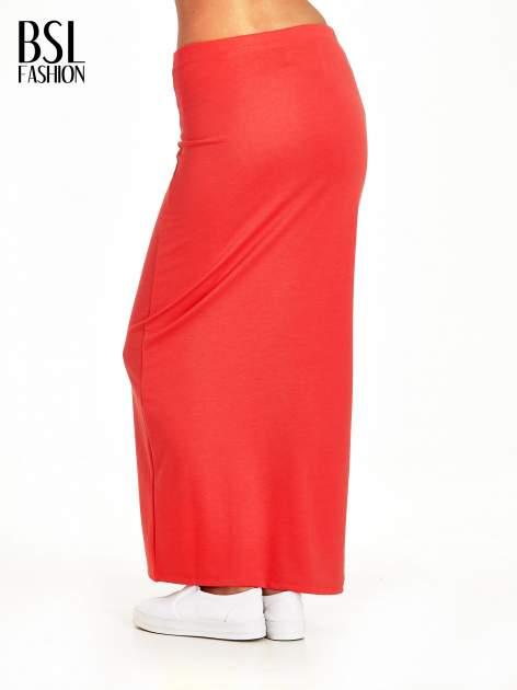 Czerwona maxi spódnica z rozcięciem z boku                                  zdj.                                  4