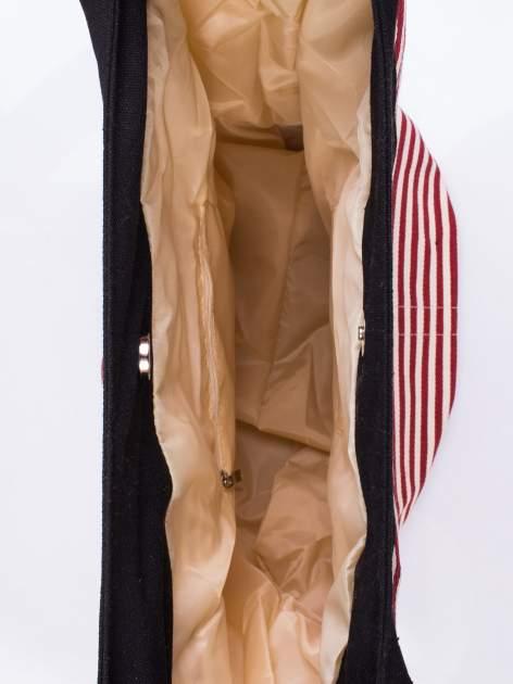 Czerwona plażowa torba hobo w paski na sznurku                                  zdj.                                  3