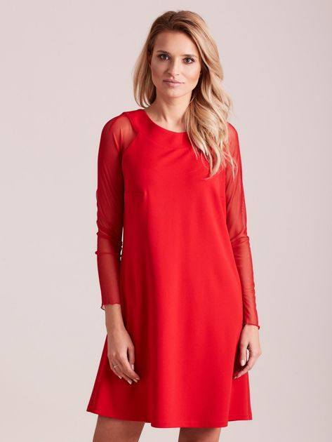 Czerwona sukienka o luźnym kroju                              zdj.                              1