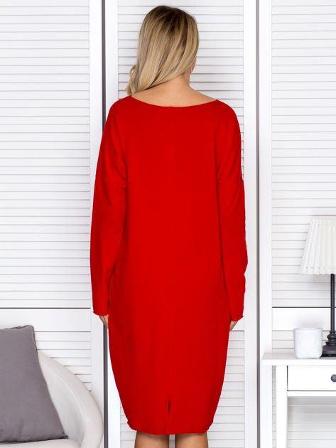 Czerwona sukienka z gwiazdą                               zdj.                              2