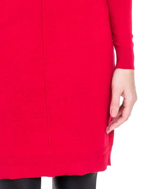 Czerwona swetrowa sukienka z golfem                                  zdj.                                  6