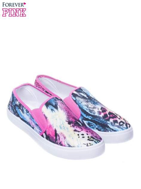 Czerwone buty slip on we wzór animal print                                  zdj.                                  2