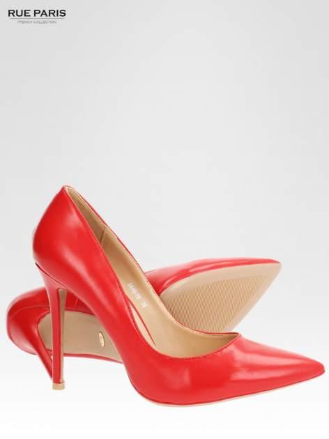 Czerwone klasyczne szpilki ze smukłym noskiem                                  zdj.                                  4