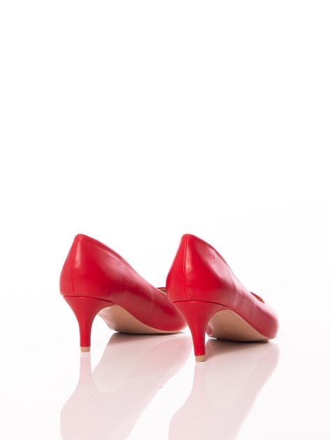 Czerwone półmatowe szpilki z noskiem w szpic                              zdj.                              3