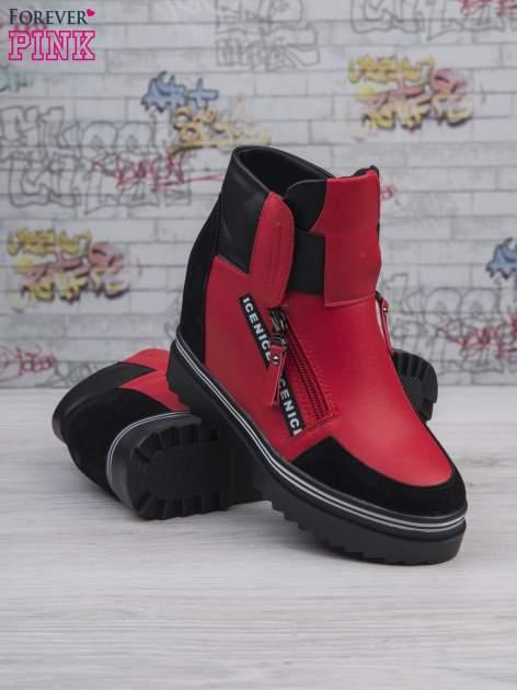 Czerwone skórzane sneakersy Perry z zamszowymi wstawkami i suwakami                                  zdj.                                  5