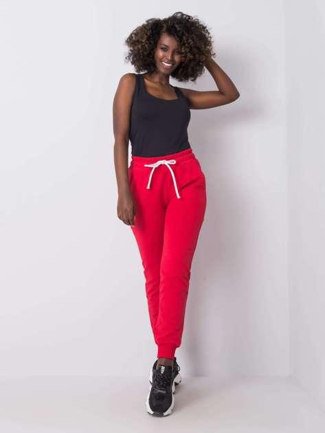 Czerwone spodnie dresowe Justine