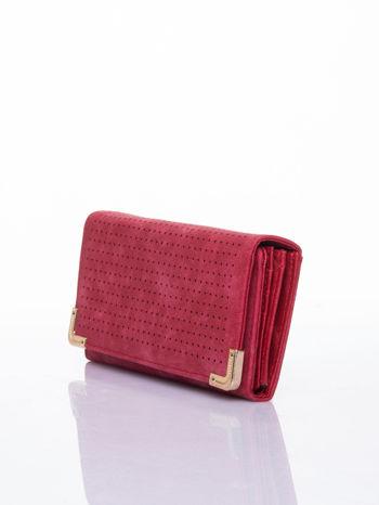 Czerwony dziurkowany portfel ze złotym wykończeniem                                  zdj.                                  3