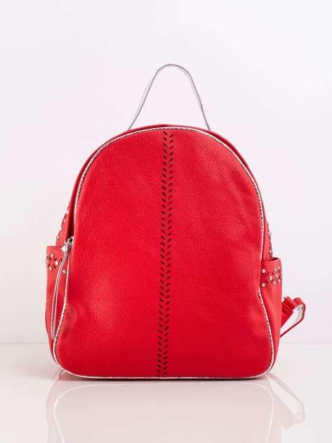 Czerwony plecak ze skóry ekologicznej