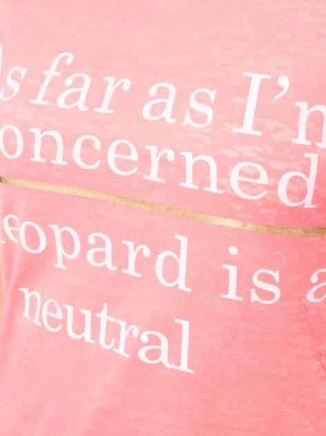 Czerwony półtransparentny t-shirt z napisem                                  zdj.                                  7