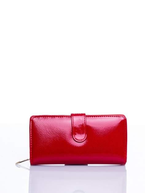 Czerwony portfel efekt skóry saffiano