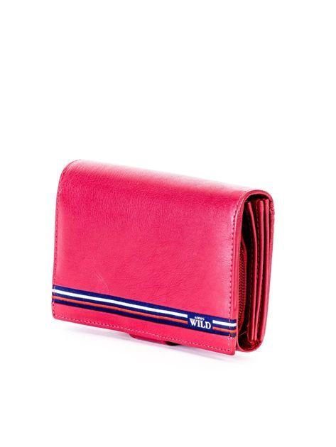 Czerwony skórzany portfel z zapięciem                              zdj.                              3