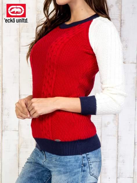 Czerwony sweter o szerokim splocie                                  zdj.                                  4