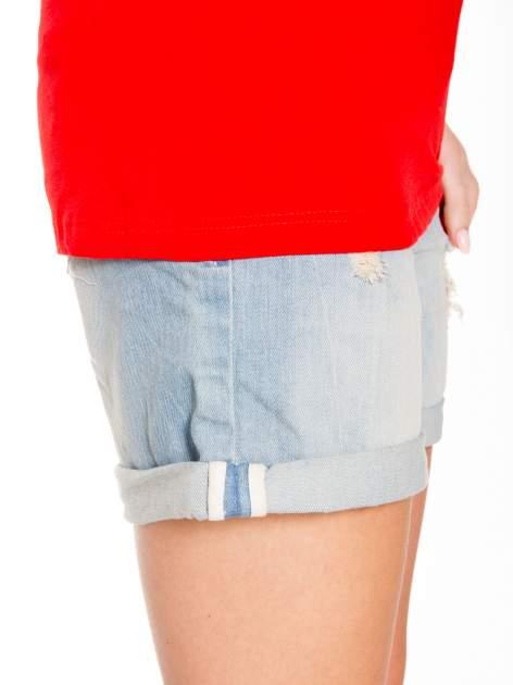 Czerwony t-shirt z nadukiem WHY? z przodu i na plecach                                  zdj.                                  9