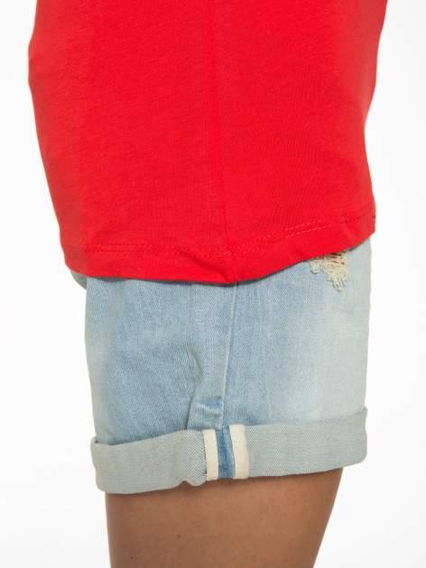 Czerwony t-shirt z napisem CÉLINE ME ALONE                                  zdj.                                  8