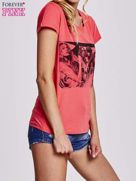 Czerwony t-shirt z napisem GANG                                  zdj.                                  3