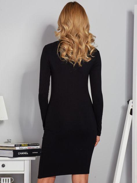 Dopasowana sukienka z dekoltem lace up czarna                              zdj.                              2