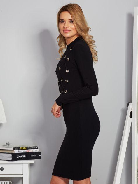 Dopasowana sukienka z dekoltem lace up czarna                              zdj.                              3