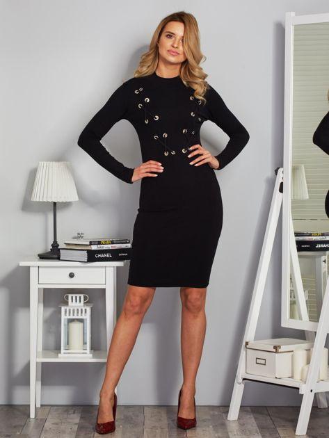 Dopasowana sukienka z dekoltem lace up czarna                              zdj.                              4