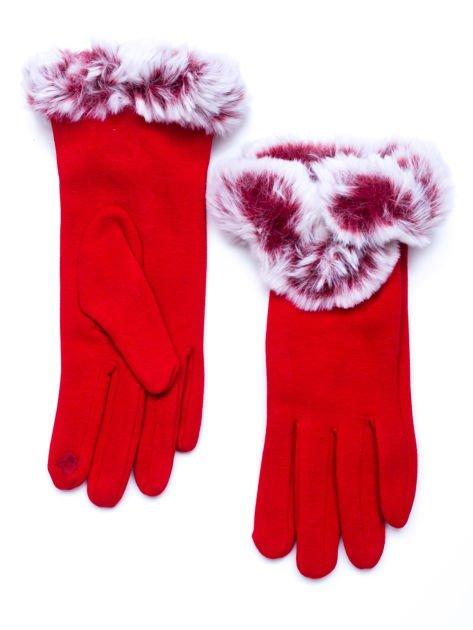 Dotykowe czerwone rękawiczki damskie z puszystym mankietem