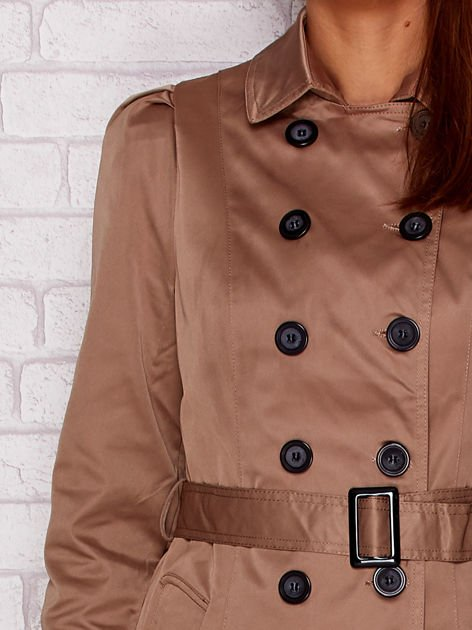 Dwurzędowy płaszcz z paskiem i kieszeniami ciemnobeżowy                              zdj.                              6