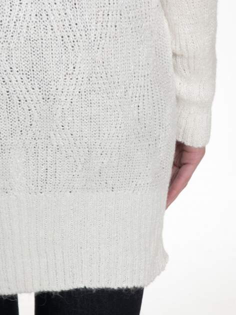 Ecru ażurowy długi sweter z rozporkami                                  zdj.                                  8