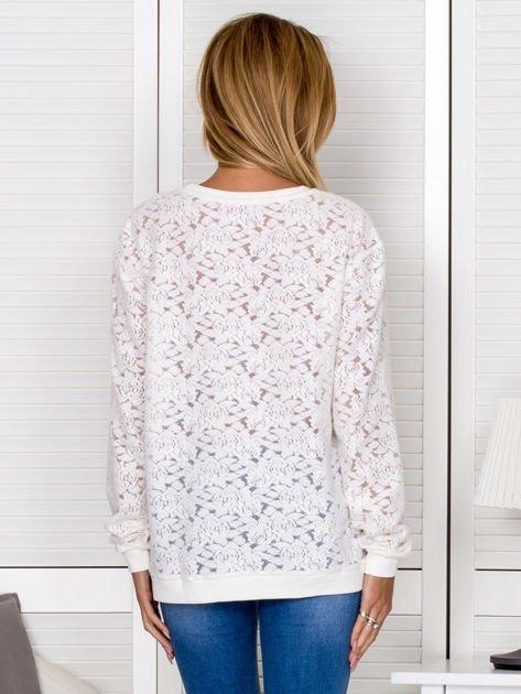 Ecru bluza w ażurowe kwiaty                                  zdj.                                  2