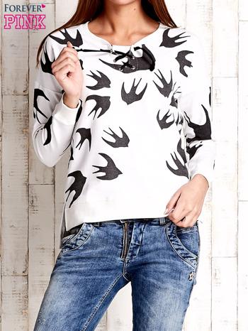 Ecru bluza w jaskółki z wiązaniem                              zdj.                              1