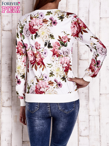 Ecru bluza z kwiatowym motywem                                  zdj.                                  4
