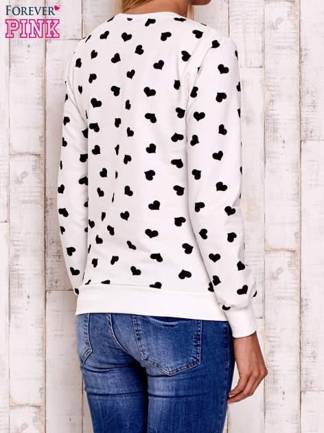 Ecru bluza z nadrukiem serduszek                                  zdj.                                  4