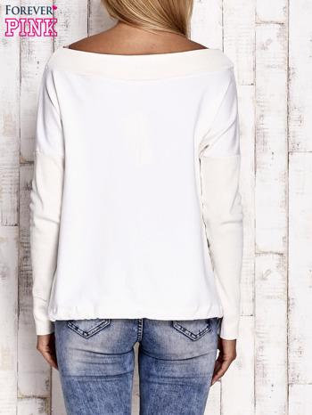 Ecru bluza z szerokim ściągaczem i troczkami                              zdj.                              4