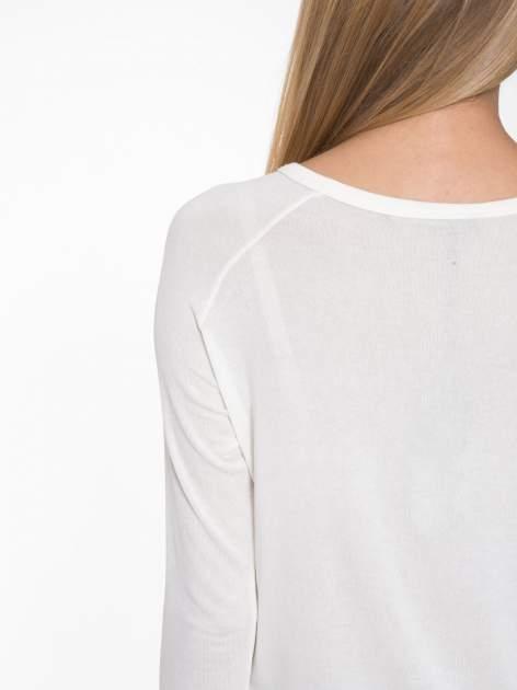 Ecru bluzka z nadrukiem okularów                                  zdj.                                  9