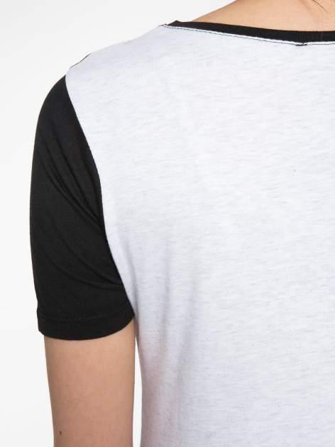 Ecru-czarny t-shirt z napisem DREAMY VIBES 86 PARIS                                  zdj.                                  8