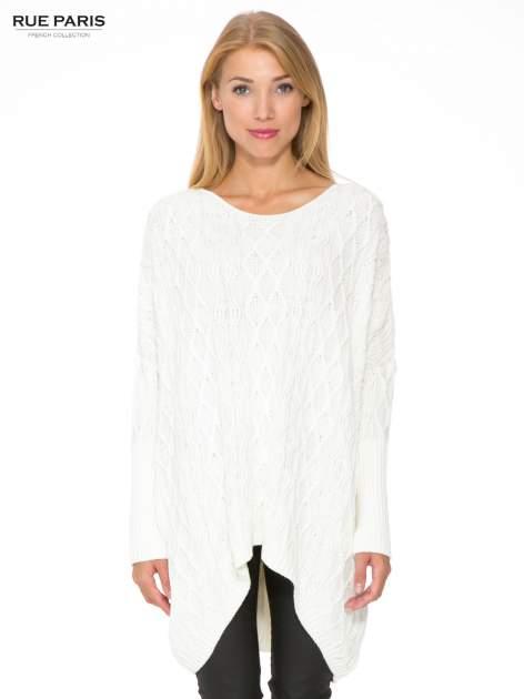 Ecru dziergany długi sweter o kroju oversize                                  zdj.                                  1