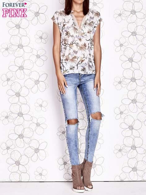 Ecru koszula z kwiatowym motywem i ażurowym tyłem                                  zdj.                                  6
