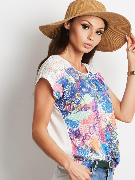 Ecru-niebieski t-shirt Traditionally                              zdj.                              3
