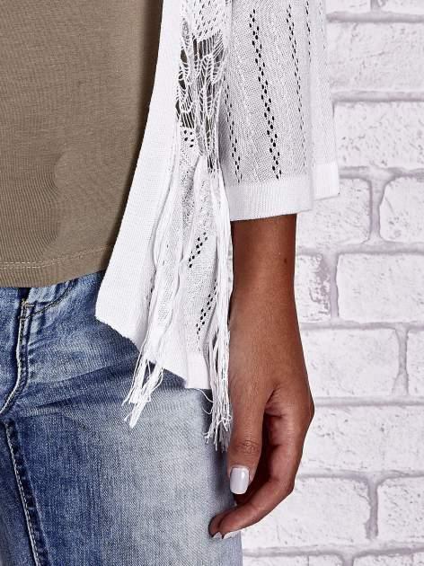 Ecru niezapinany sweter z ażurowym dołem i rękawami                                  zdj.                                  8