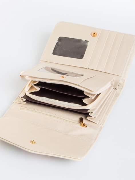 Ecru portfel z plecionką                                  zdj.                                  4