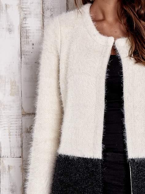 Ecru pudełkowy sweter two tone                                  zdj.                                  5