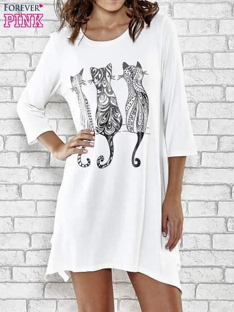 Ecru sukienka damska z nadrukiem kotów                                  zdj.                                  5