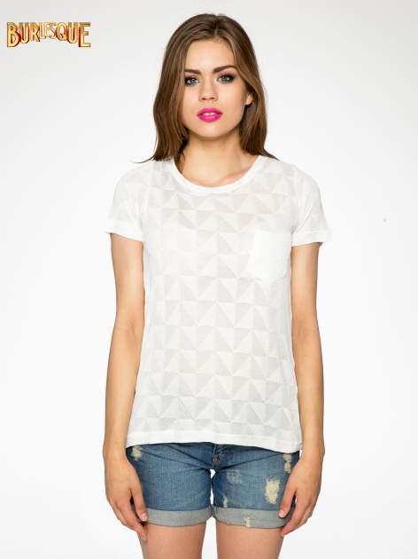 Ecru t-shirt z ażurowymi przeszyciami i kieszonką                                  zdj.                                  10